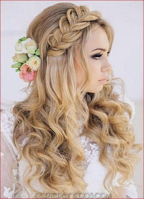 25 peinados de boda de playa de moda y hermosa