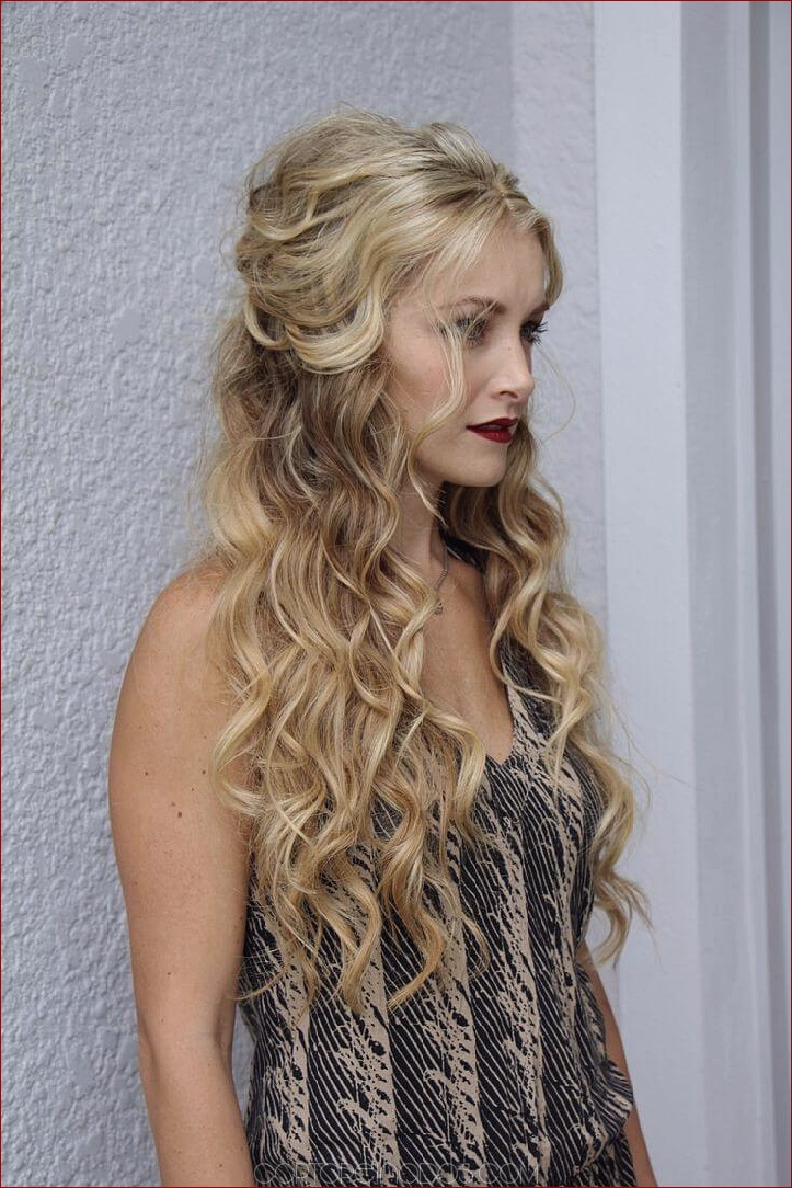20 peinados rizados más glamorosos para el baile