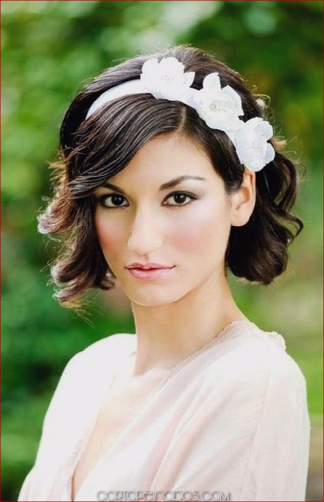 Los 25 peinados de novia más frescos con diadema