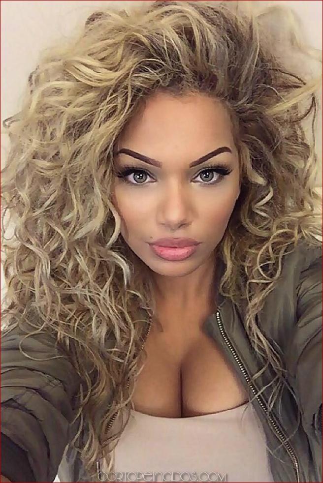 Clásico y sencillo probar peinados online Galería de cortes de pelo Ideas - 15 largos peinados rizados para mujeres a todos los ...