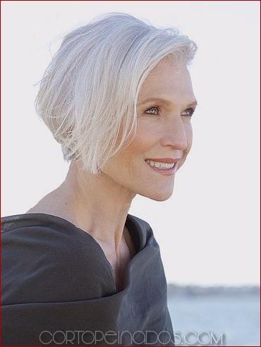 Los 20 peinados grises más calientes para las mujeres más geniales