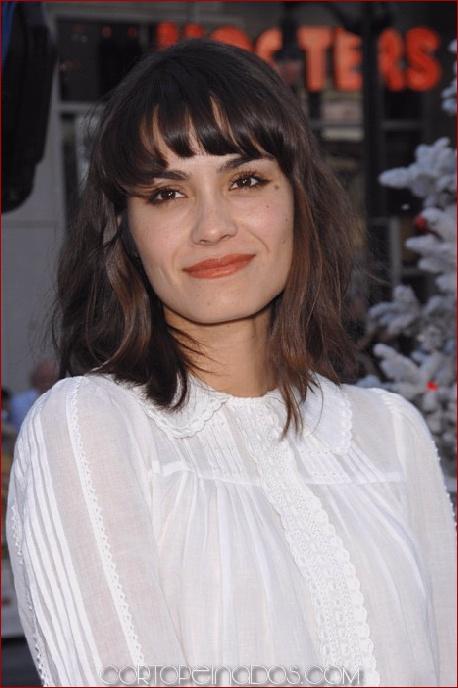 Los 100 mejores peinados medianos para mujeres 2019