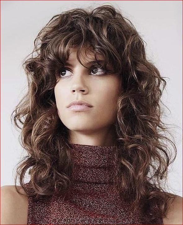 Sencillo y bonito peinados de los 70 Galería de cortes de pelo estilo - Los mejores peinados de discoteca de los años 70 ...