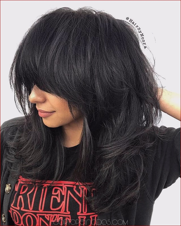 50 maneras nuevas y divertidas de peinar el cabello largo con flequillo