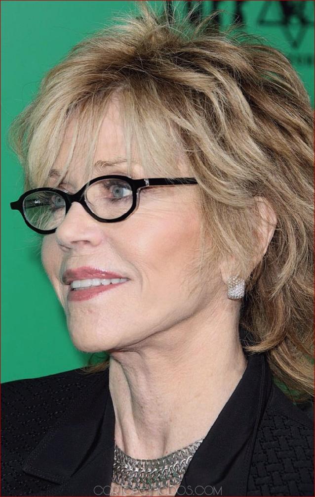 e9490b28325b 15 peinados para mujeres mayores de 50 años con gafas ...